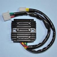 Régulateur Honda CX650 GL650 Silverwing VF700 VF750 VF1000 Inteceptor VF700 VF750 VF1100 Sabre